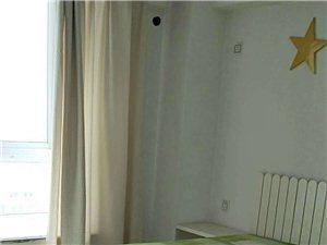 登科小区4室 2厅 2卫135万元