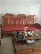 大华三江豪苑3室 2厅 2卫2300元/月