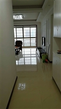 景观贵都二期3室 2厅 2卫2000元/月