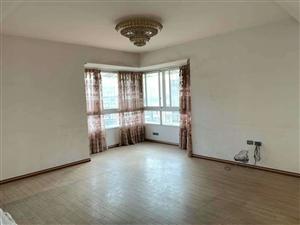 龙腾锦城3室 2厅 2卫88.6万元