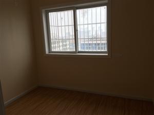 凤栖家园2室 1厅 1卫30万元