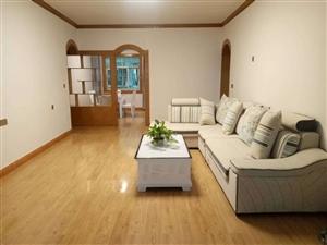 学府商街3室 2厅 2卫78万元