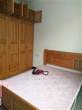 龙台小区3室 2厅 1卫35.2万元
