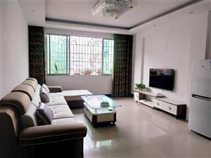 商业街4室2厅2卫精装4楼135平米49.8万