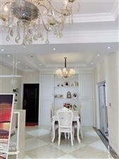 盛世广场 精装全新两室 65万一口价