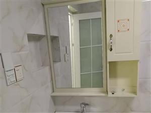 九龙天梯旁电梯房套一出租,全新家具家电,直接可拎包