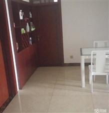 一转盘 金汇苑电梯房四室两厅二卫 可以按揭4室 2厅 2卫95.8万元
