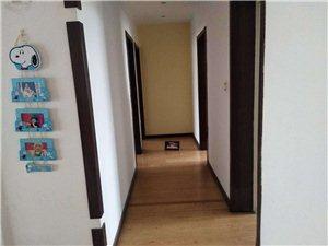 永基花园小区5室 2厅 2卫185万元