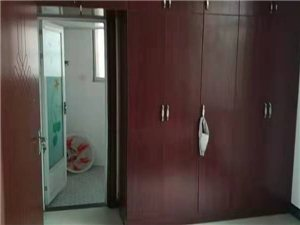 紫江花园3室 2厅 2卫14800元/月