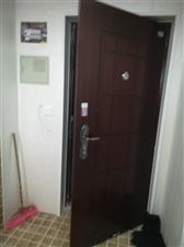 麒龙广场1室 1厅 1卫21万元
