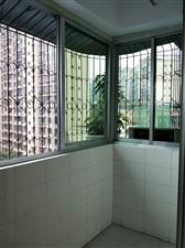 丝绸公司3室 2厅 2卫66.8万元