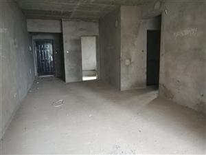 城南电梯小区房3室 2厅 2卫71.8万元