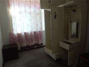 建新小区3室 2厅 1卫1600元/月