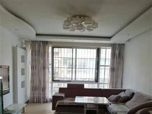 南江广场3室 2厅 1卫1200元/月