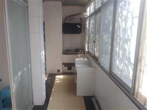 工商小区4室 2厅 2卫75万元