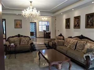 嘉南名城现浇5楼带空中花园3室 2厅 2卫95万元