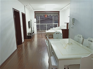 步行街麓兰春都5楼3室 2厅 1卫63.8万元