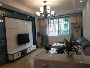 金秀公寓精装3楼支持按3室 2厅 2卫66.8万元