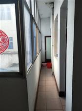 张庄居民区东十三巷6室 3厅 2卫93万元