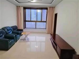 博昌花苑3室 2厅 1卫350元/月