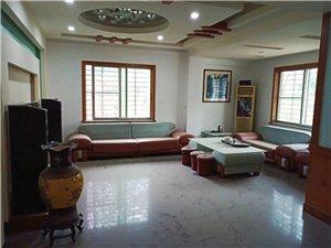 茶都6室 2厅 3卫3200元/月