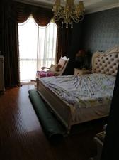 蓝山郡3室 2厅 1卫60.8万元