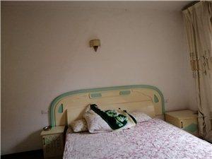 南江花园3室 2厅 2卫