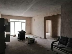 县政府附近4室 2厅 2卫42.8万元