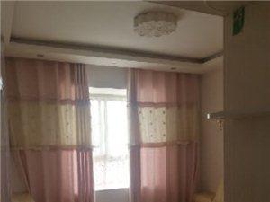 江景名城3室 2厅 2卫1800元/月