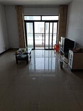 阳光大院简装3室 2厅 2卫1150元/月
