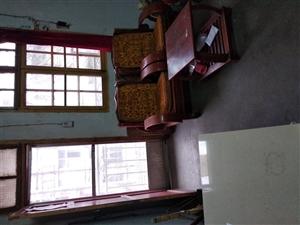 一高附近2室 1厅 1卫667元/月