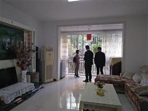 紧邻城北香洲美庐3室 2厅 1卫75.8万元