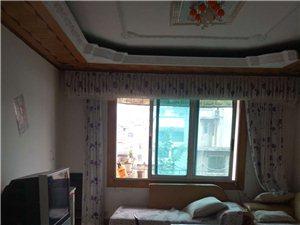 一小附近3室 2厅 1卫1000元/月