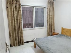 胜利街附近1楼2室 2厅 1卫32.8万元