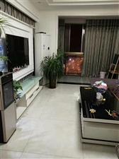 花灯广场高层电梯房,3室 2厅 2卫1600元/月