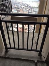 凤山学府套房出售3室 2厅 2卫210万元