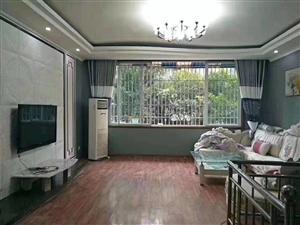 法官公寓精装3楼可按揭3室 2厅 2卫76.8万元
