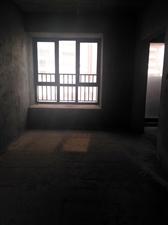 锦港华府3室 2厅 1卫68万元