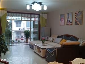 丽景公寓3室 2厅 2卫精装68.8万元
