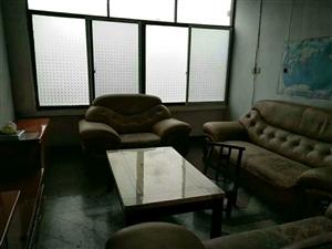 特价房来了花灯广场2室 2厅 1卫15.8万元