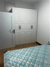 2室 1厅 1卫3000元/月