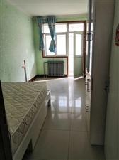 贵和华城三室,1250每月