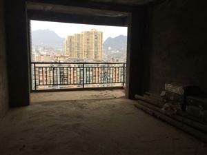 龙腾锦城3室 2厅 2卫67万元