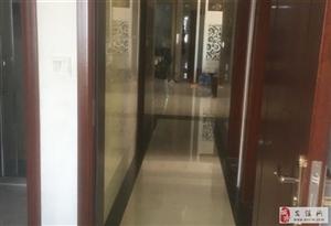 阳光城3室 2厅 2卫210万元