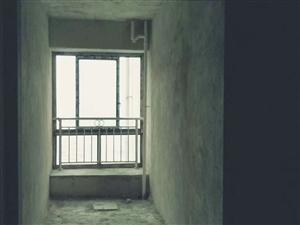 花灯广场3室 2厅 2卫44.8万元