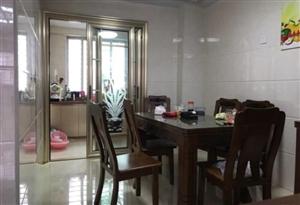 东城丽景3室 2厅 2卫130万元
