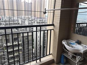 碧桂华庭电梯房3室 2200元/月