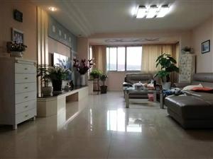 黔州花苑4室 2厅 2卫86万元