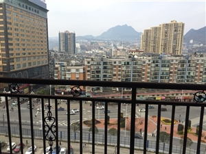 龙腾锦城3室 2厅 2卫,毛坯房