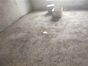 中医院对面3室 2厅 2卫43.8万元